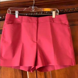 "WHBM- NWT 5"" Shorts"